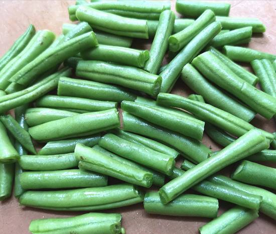 French Beans cut into half for Yasai Salad