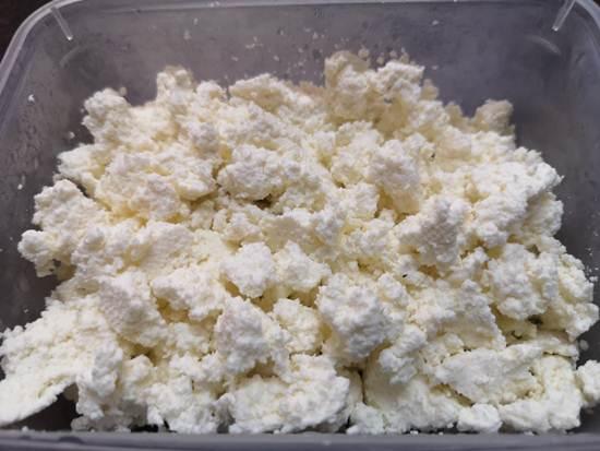 Homemade Crumbled Paneer for preparing PAneer Bhurjee Recipe